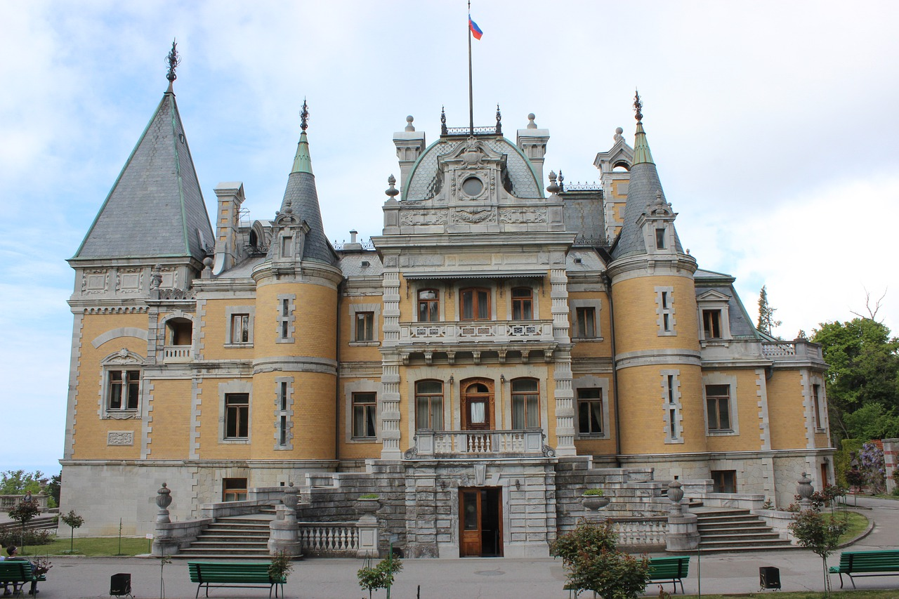 Крым. Дворец Александра III в Массандре